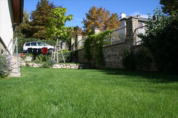 Rasen gartengestaltung korneuburg mistelbach wien for Gartengestaltung wien